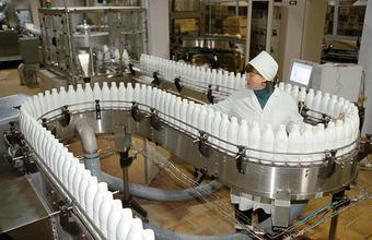 Продовольственные компании требуют исключить их из списка наиболее вредных производств