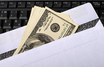 В РАНХиГС назвали «тревожным симптомом» рост числа россиян, одобряющих зарплаты «в конверте»