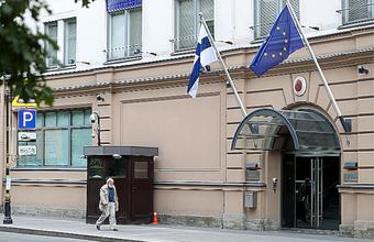 Финляндия обещает пятилетние визы всем законопослушным россиянам
