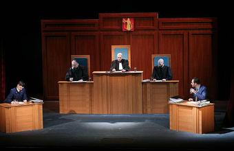 Вручение премии «Сноб. Сделано в России» превратили в судебное заседание
