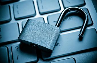 «Психологический хакинг». Мошенники предлагают жертвам выплаты за утечку персональных данных в сети