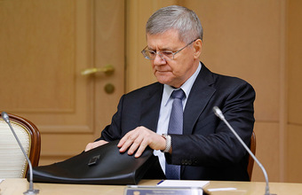 Путин предложил назначить Чайку полпредом в СКФО