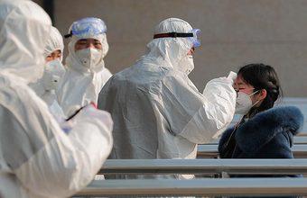 «Серьезная обеспокоенность населения есть». В Китае продолжают борьбу с коронавирусом