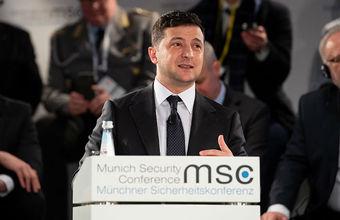 Зеленский заявил о планах Украины провести осенью местные выборы в Крыму