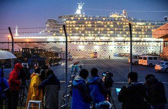 Россиян с лайнера Diamond Princess доставили на карантин в Казань
