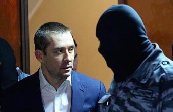 Полковнику Захарченко подсчитали миллиарды до копейки
