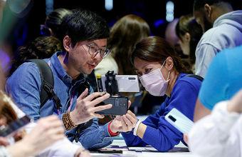 Коронавирус проник на рынок смартфонов