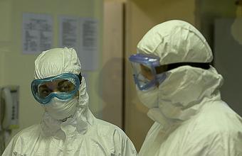 Административные барьеры против желания: что мешает бизнесу шить защитные костюмы для медиков?