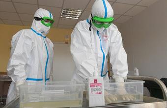 Как обстоят дела с защитой и тестированием сотрудников медучреждений?