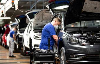 Европейские автопроизводители активно возобновляют работу