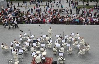 Как деятели культуры оценивают предложения Бориса Титова по поддержке сферы развлечений?