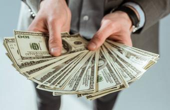 «Миллионеры за человечество»: богатые просят забрать у них деньги