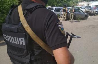 Второй случай захвата заложников на Украине: бывший военный взял в плен полицейского в Полтаве