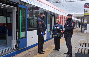 Без маски и перчаток: в московском транспорте оштрафовано более 42 тысяч пассажиров