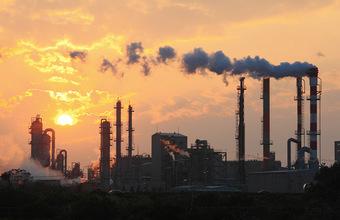«Дополнительное конкурентное преимущество для европейцев». Чем грозит России углеродный налог ЕС?