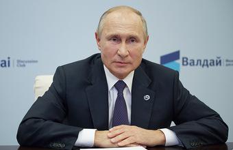 Путин заявил, что лично просил прокуратуру отправить Навального за границу
