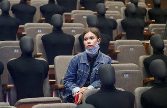 Театрам в Москве разрешили перейти к 25-процентной рассадке постепенно