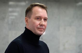 Евгений Миронов — о том, как заболел ковидом прямо во время спектакля «Горбачев»