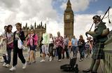 Лондон-2012: туристов сменили болельщики