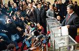 Формирование коалиции. Пристрельные заявления Порошенко и Яценюка