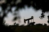 Дежавю нефтяного рынка: цена за баррель может вернуться к $30