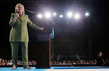 Клинтон уступает Трампу на фоне хакерского скандала в стане демократов