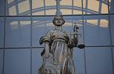 Суд над судьей за «нужное» решение