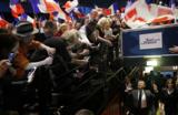 Саркози все дальше от президентства
