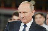 Путин объявил о желании успешно завершить карьеру