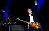 Маккартни собирается вернуть себе хиты The Beatles