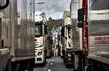 Дальнобойщики объявили о всероссийской бессрочной стачке