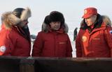 «Опереться на рейтинг Путина». Медведев появился на публике с президентом