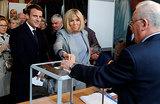 «Ноздря в ноздрю». Франция выбирает президента