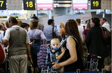 Пассажиры устроили акцию протеста из-за задержек «ВИМ-Авиа»
