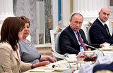 Путин учителям: утрата патриотизма — первый шаг к глобальной катастрофе