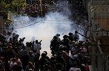 Новые столкновения в Иерусалиме: полиция вынуждена применить силу