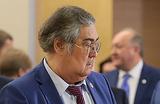 Тулеев вернулся в инвалидной коляске и обвинил подчиненных в подлости