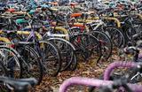 Стоянка велосипедов в Оксфорде, Великобритания.