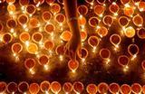 Религиозная церемония во время фестиваля Дивали в Коломбо, Шри-Ланка.