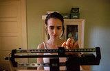 Диета или жизнь: в мире отмечают День борьбы с анорексией