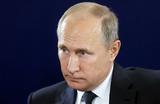 О культуре и мостах. Владимир Путин обнадежил российских театралов и художников