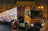 Грузовики не пускают в новогоднюю столицу: кто доставит москвичам продукты?