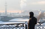 Москву ждут аномальные морозы. Отменят ли занятия в школах?