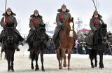 Во время военного парада, приуроченного к 100-летию образования Рабоче-крестьянской Красной армии в Североморске, Россия 24 февраля 2018 года.