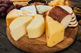 Фермерские продукты и очень много сыров: что можно купить на ярмарках «МосЕда»