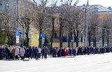 Российские выборы за рубежом: в соцсетях публикуют фото очередей на участки