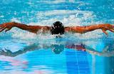 Спортсменка Элис Томас из Уэльса во время заплыва баттерфляем на 200 метров среди женщин на Играх Содружества в Голд-Косте, Австралия 9 апреля 2018 года.