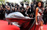 Канадская модель Винни Харлоу на красной ковровой дорожке 71-го Каннского кинофестиваля в Каннах, Франция.