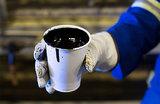 Цены на нефть сдали назад после предложения РФ и Саудовской Аравии пересмотреть сделку о снижении добычи