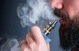 Послаблений не будет. Вейпы и электронные сигареты приравняют к обычному табаку